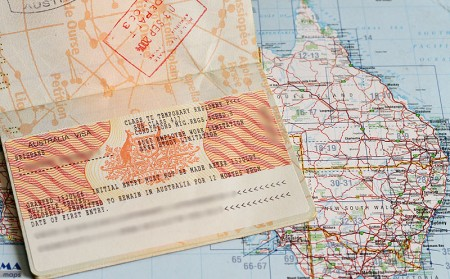 Passeport avec PVT Australie